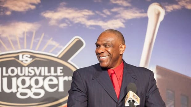 Andre Dawson received the Louisville Slugger Living Legend Award in 2015. Photo copyright H&B.