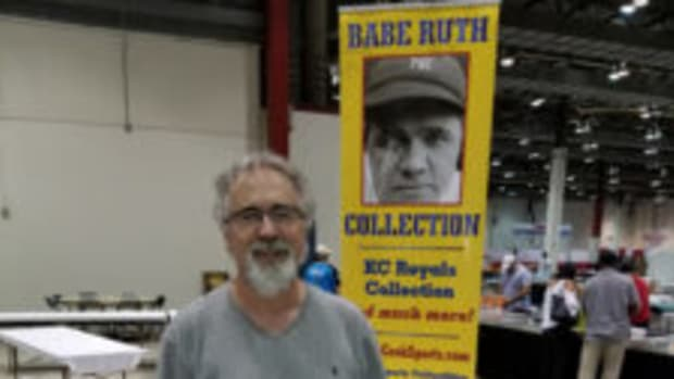 Randy Cook was back at it on the show circuit, set up at the TRISTAR Productions' sports memorabilia convention, July 6-8. (Ross Forman photos)