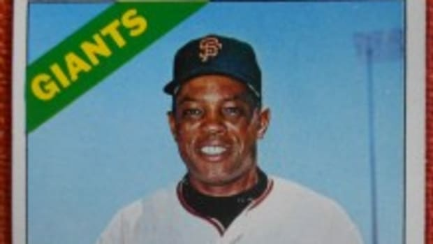 Topps so liked this Willie Mays picture – the first card in the 1966 set – that it used the image in its 1967 pin-ups and 1969 regular-issue card, the latter cropped above the belt.