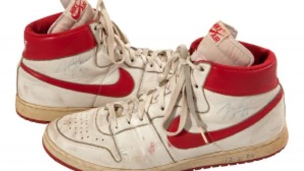 MJ 1984 Nike Air Shoes