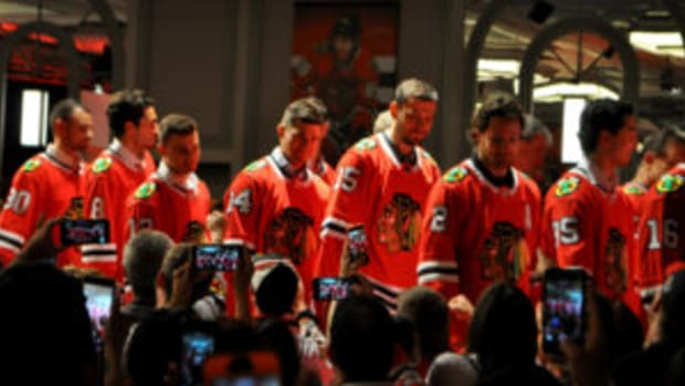 Current Blackhawks at the convention included (from left) Nick Schmaltz (8), Alex DeBrincat (12), Chris Kunitz (14), Artem Anisimov (15), Duncan Keith (2) and Dylan Sikura (95). (SAL BARRY PHOTOS)