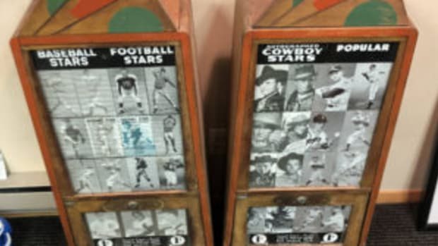 The Exhibit Supply Company arcade machines with cowboys and ballplayers for 1 cent each. (Photos courtesy Rich Wolfin)