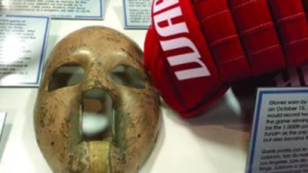 A 1959 goaltender mask. (Paul Post photos)