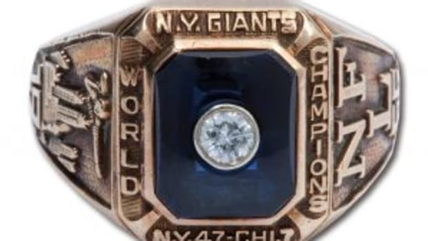 1956-ny-giants-champs-ring