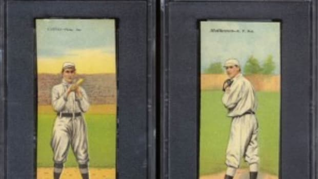 Eddie Collins was teamed up with fellow infielder Frank Baker, while Christy Mathewson (misspelled Matthewson on the front) was paired with Albert Bridwell.