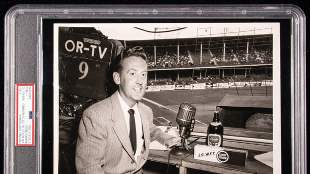 vin scully photo