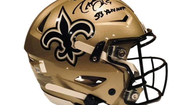 2—oa-signed-brees-helmet