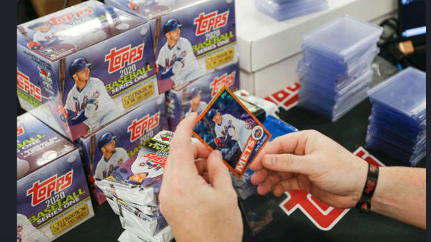 The MINT Collective event will feature sports cards and collectibles from throughout the hobby.