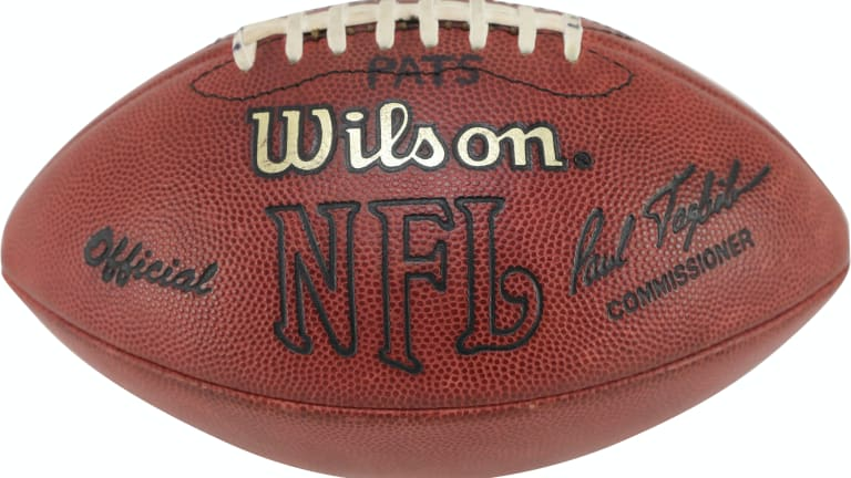 Football from Tom Brady's first NFL TD pass highlights Lelands auction