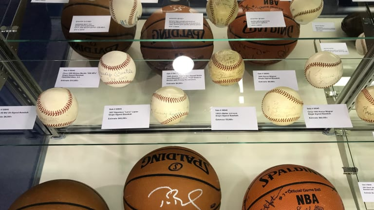 Scenes from The National: Photos of the National Sports Collectors Convention