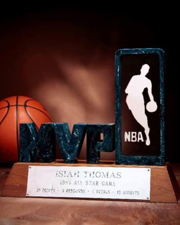 IsiahThomas trophy