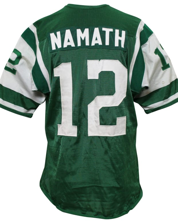1.GFA_Joe Namath_back