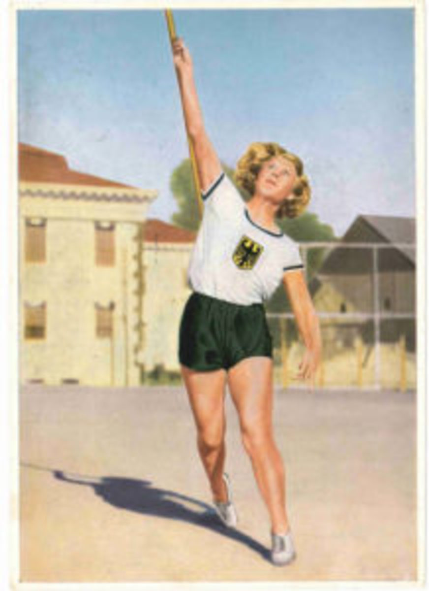German cards in the 1930s were more likely to feature women athletes than American issues.
