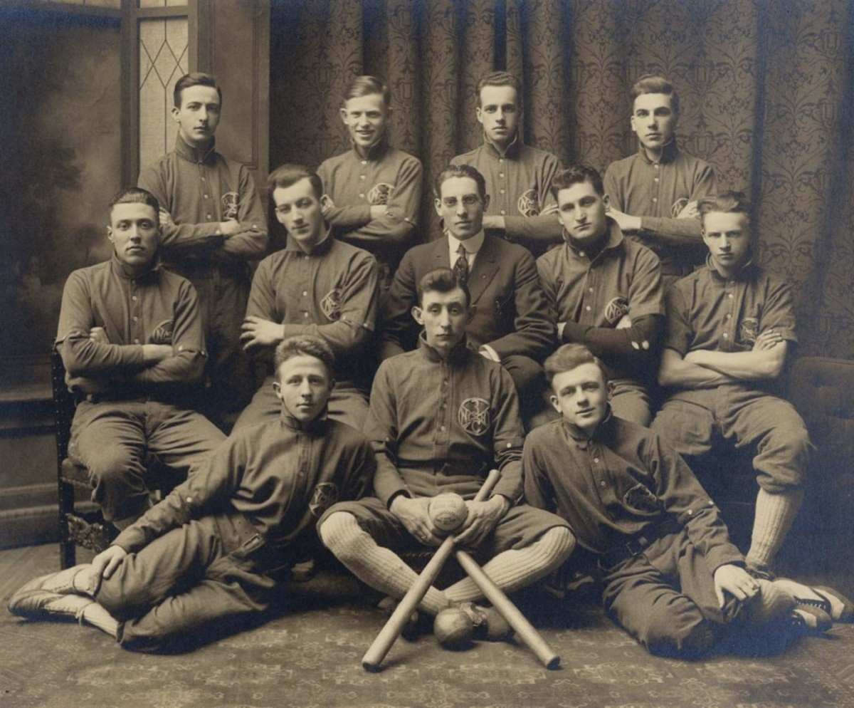ABOVE: The baseball team of Company C 3rd Infantry in 1910. BELOW: Some of the early sports equipment on display at the New York State Military Museum in Saratoga Springs, N.Y.