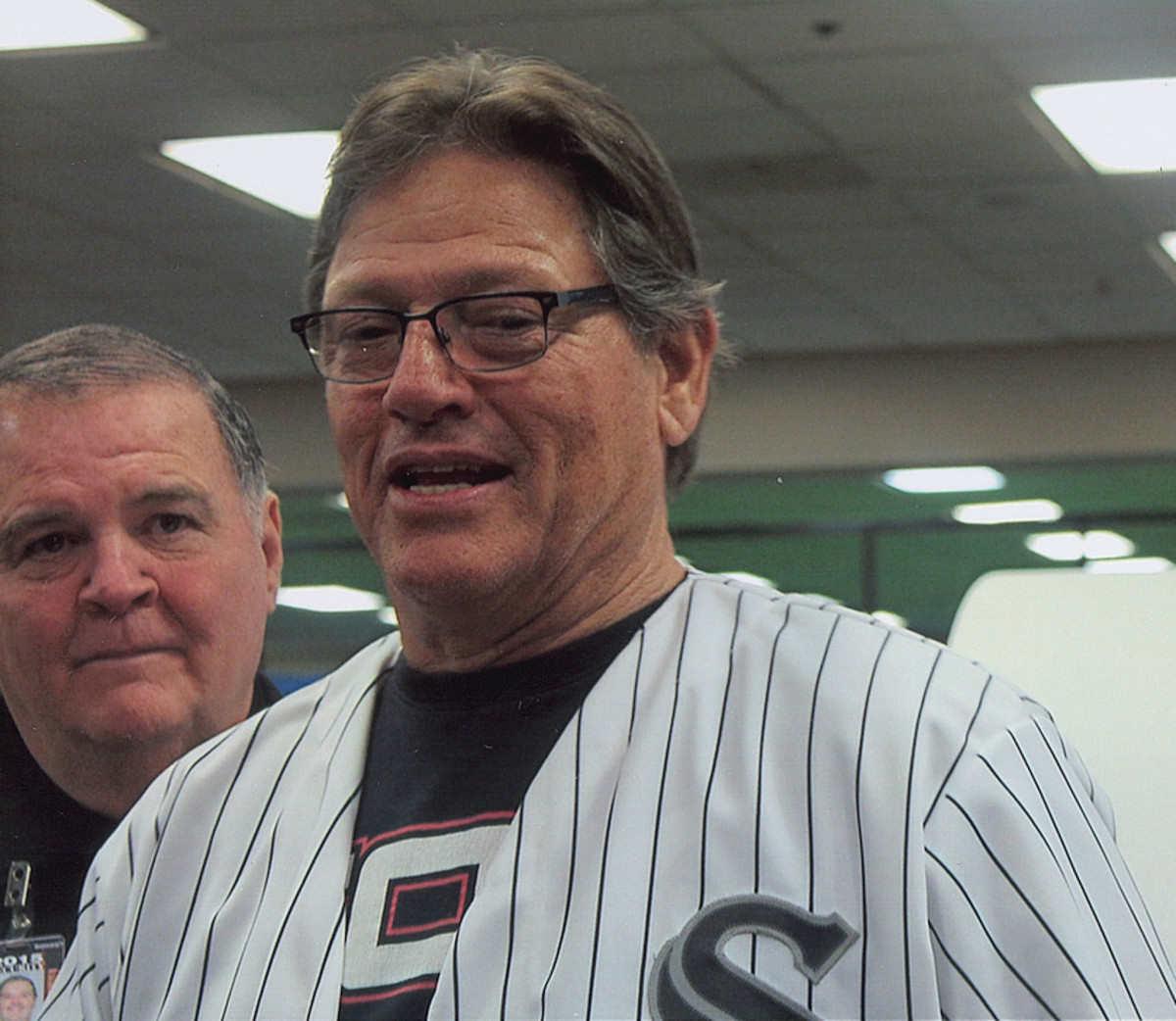 Carlton Fisk gets ready for the opening ceremony at Soxfest.