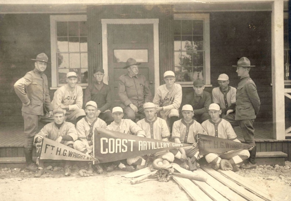 The baseball team of the 8th Coast Artillery Regiment of the New York National Guard.