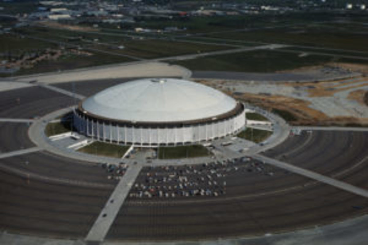 Air view of Houston Astrodome Stadium, August 1965. (Photo by Bettmann/Getty Images)