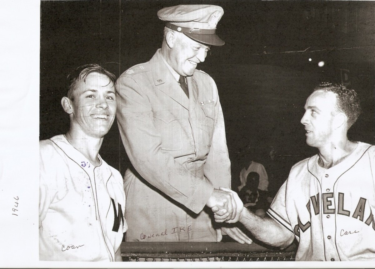 After the race, Coan and Case posed with Gen. Dwight Eisenhower. Photo courtesy of Gil Coan.