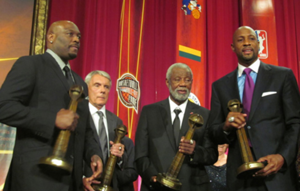 From left: Richmond, former Maryland coach Gary Williams, former Arkansas coach Nolan Richardson and Mourning.