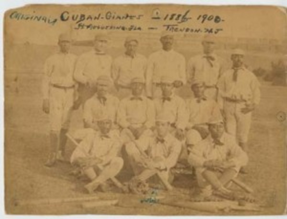 An authentic photo of the 1885-86 Original Cuban Giants.