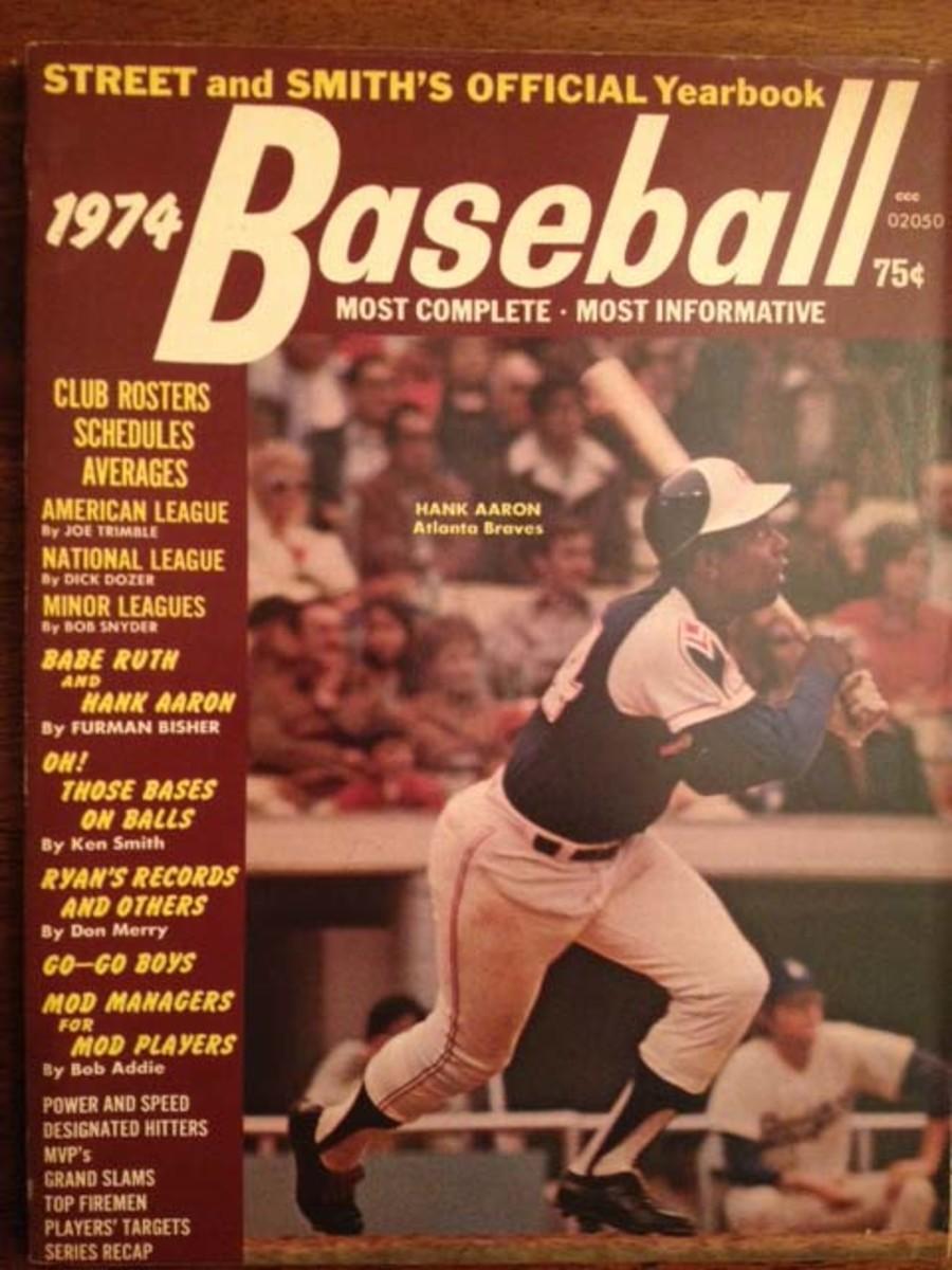 1974_cover_-_Hank_AaronWEB