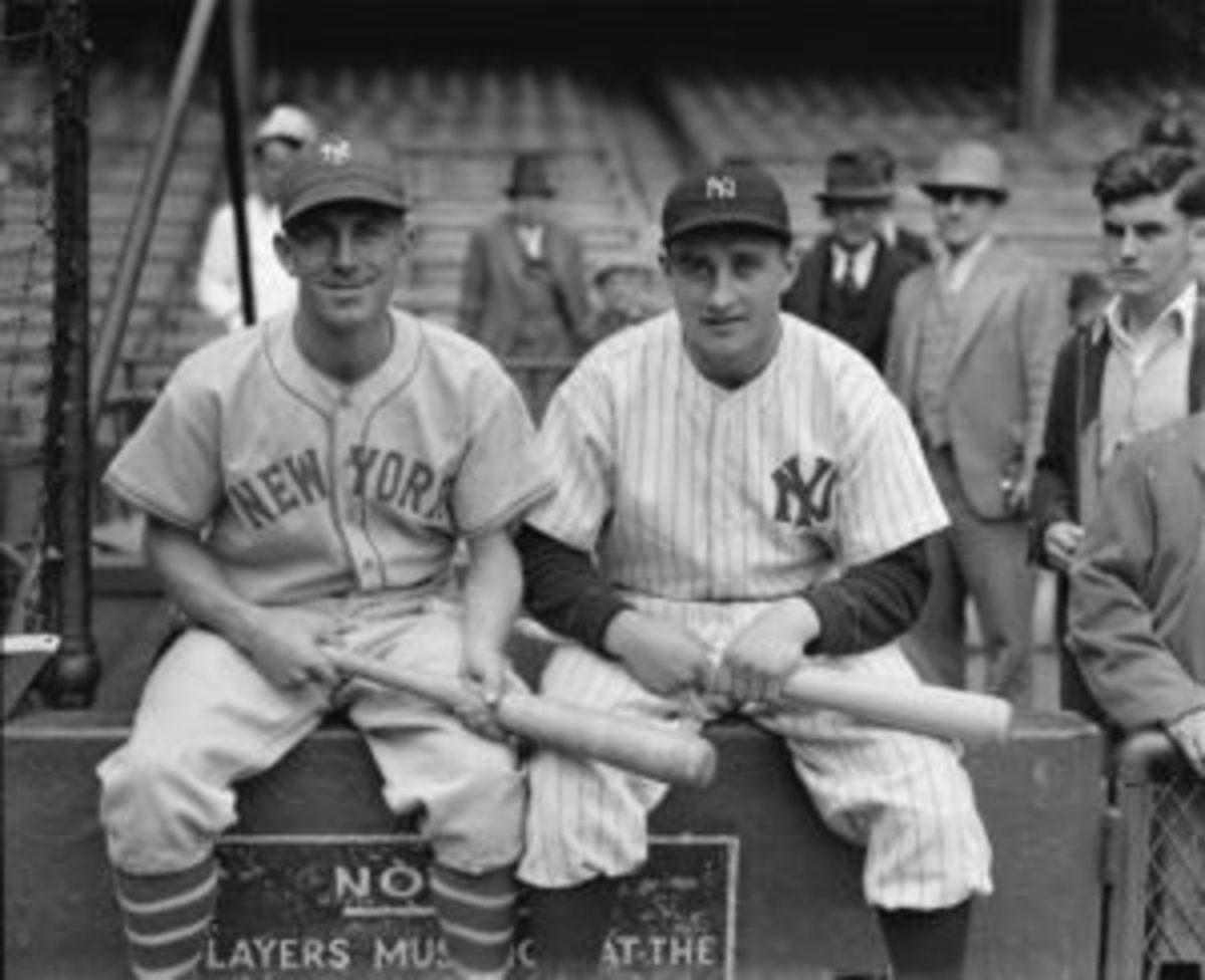 Dick Bartell and Jake Powell before Game 5 of the 1936 World Series. There are several in the collection from that series featuring a Giant and a Yankee together. (Photo courtesy of Andrew Aronstein)