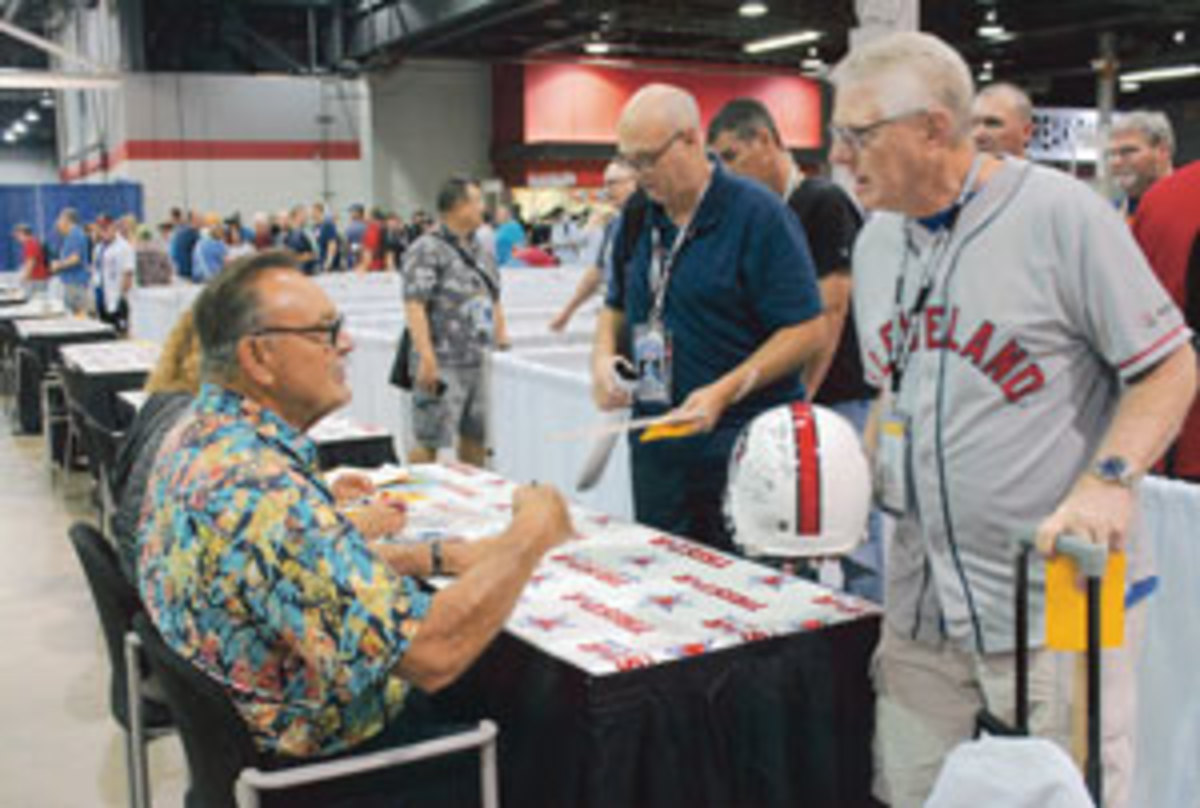 Chicago Bears legend Dick Butkus (left) at the Tri-Star Pavilion. Photo courtesy Rick Firfer