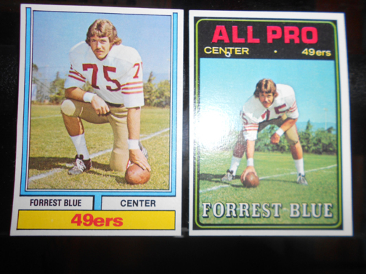 The Parker Brothers game replaced three of the All-Pro cards with alternate and standard fronts. All 50 cards have the goalpost design.