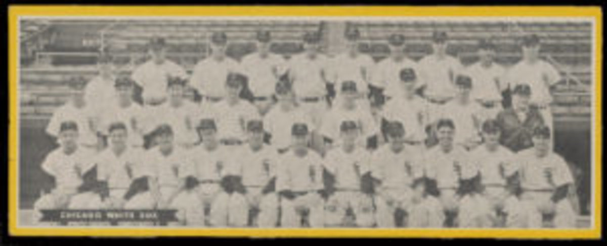 1951 Topps Chicago White Sox undated team card.
