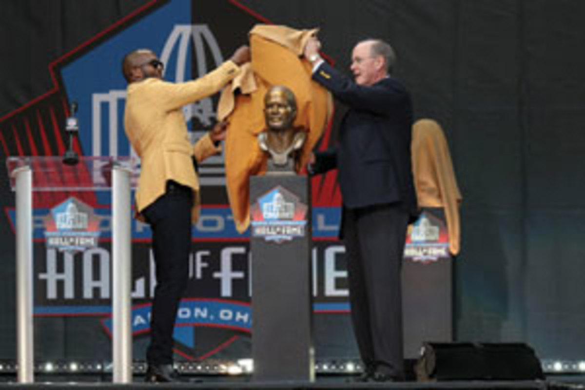 Champ Bailey unveils his Hall of Fame bust. Photo by Frank Jansky/Getty Images