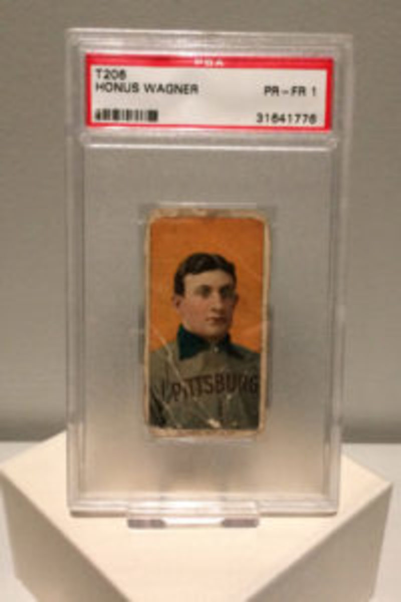 The T206 Honus Wagner card that was part of the exhibit was displayed separately.