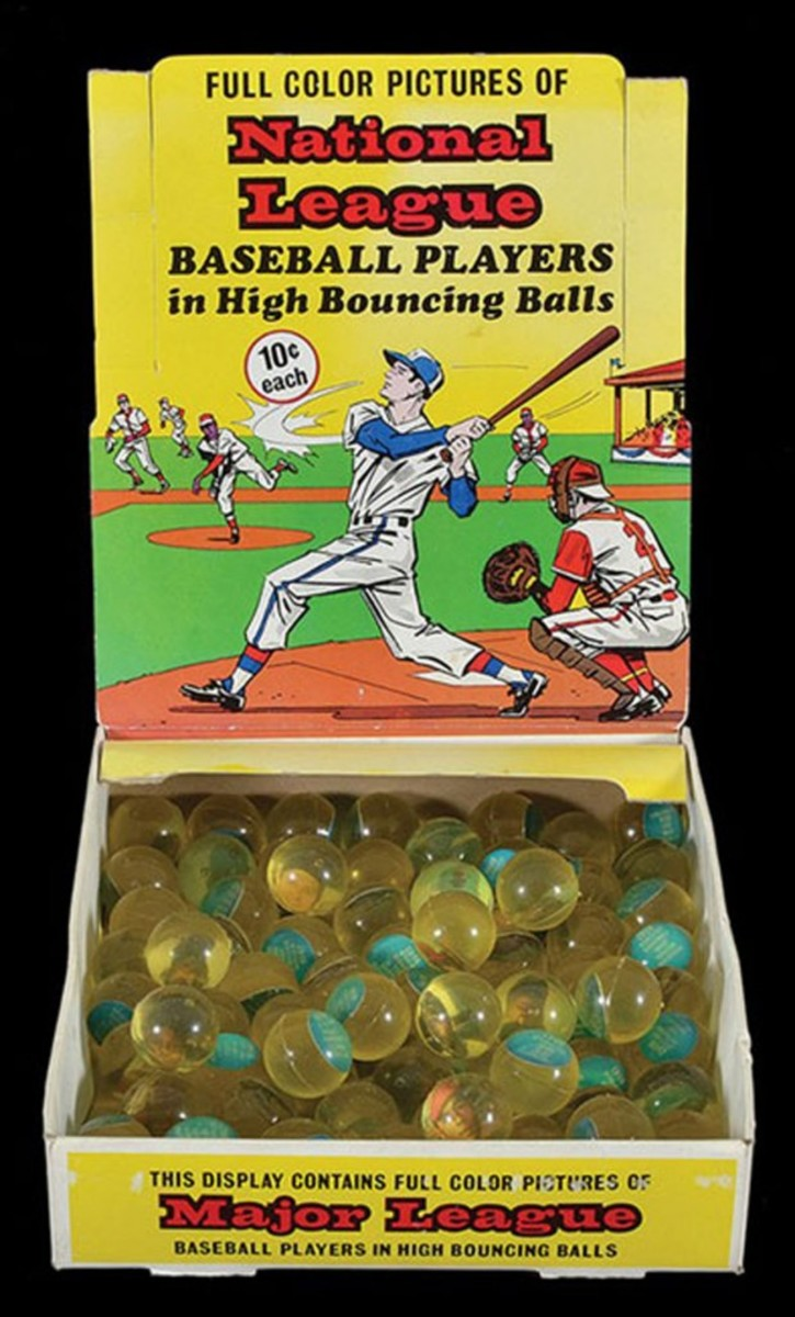 The 1970 Chemtoy superballs were found in boxes containing players from a single team, or a selection of players from either the National or American Leagues, like the example above. Photo courtesy REA.