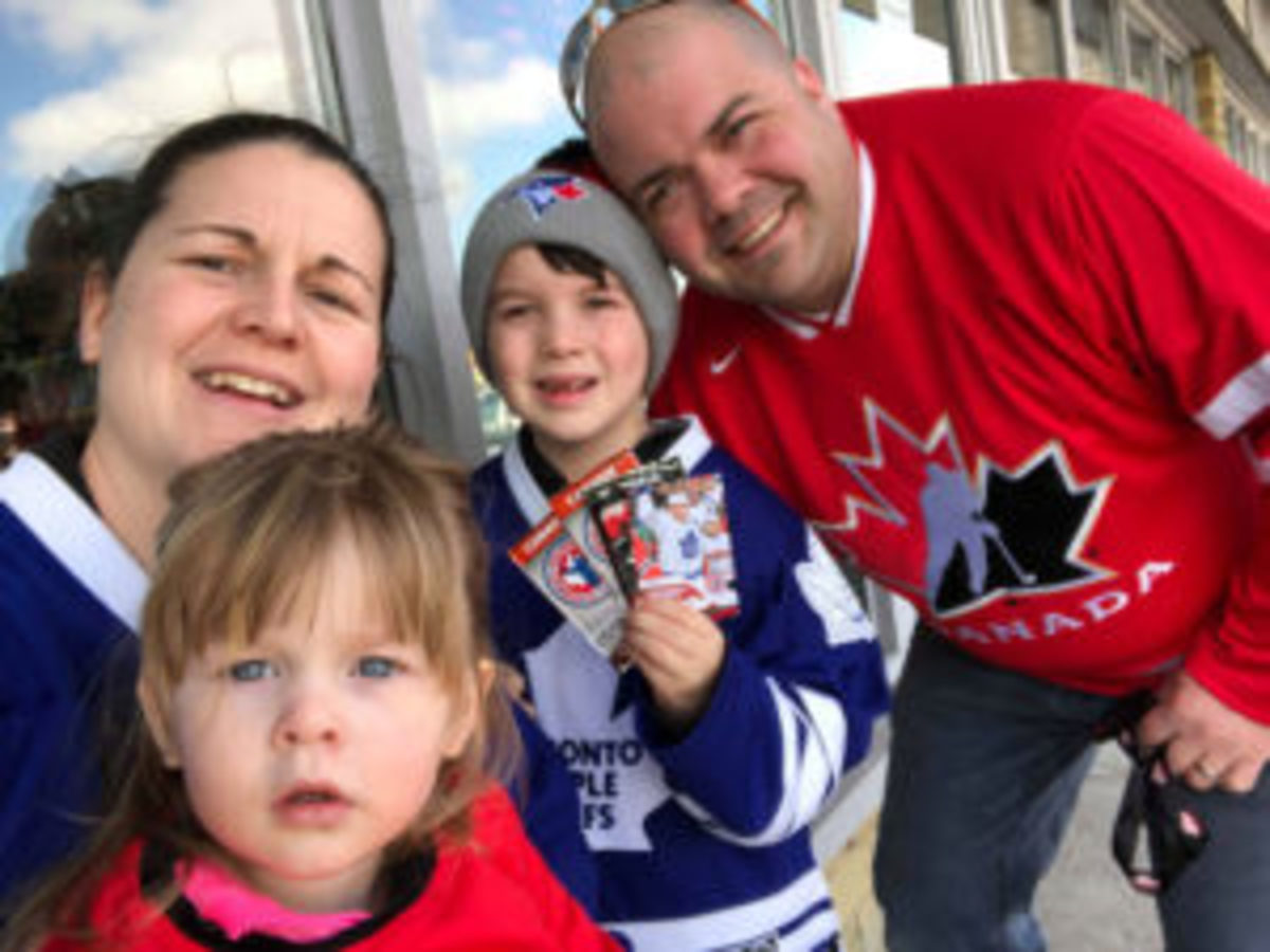 The Lanteigne family takes time to pose for a photo during their journey on National Hockey Card Day, February 23. (Photo courtesy Laura Lanteigne)