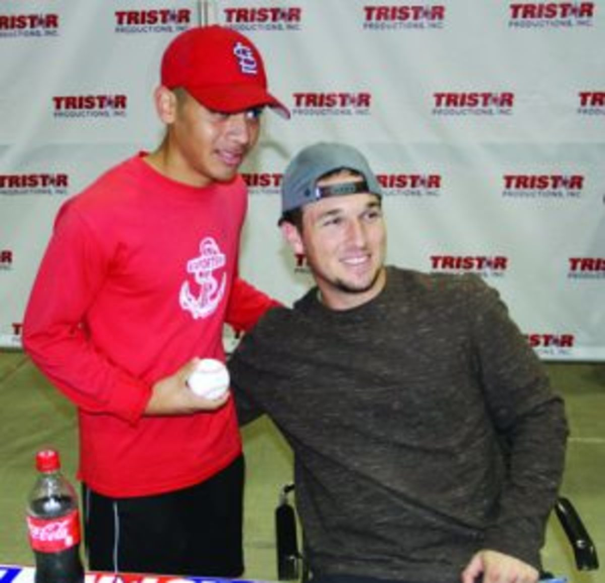 Alex Bregman with a fan. (Ross Forman photos)