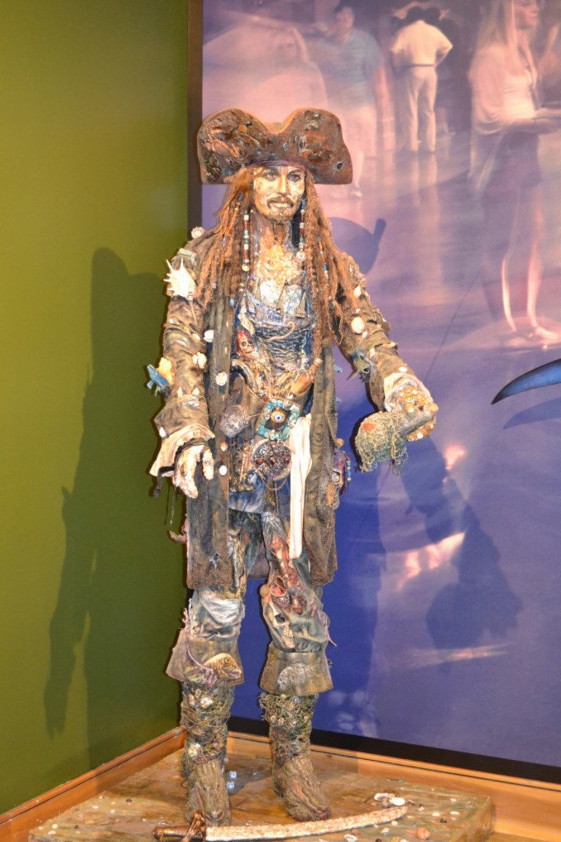 Johnny Depp as Captain Jack Sparrow – Represents the Pittsburgh Pirates. Every team is represented with a Ripley's twist. This life-size piece is made from seashells and other beach treasures.
