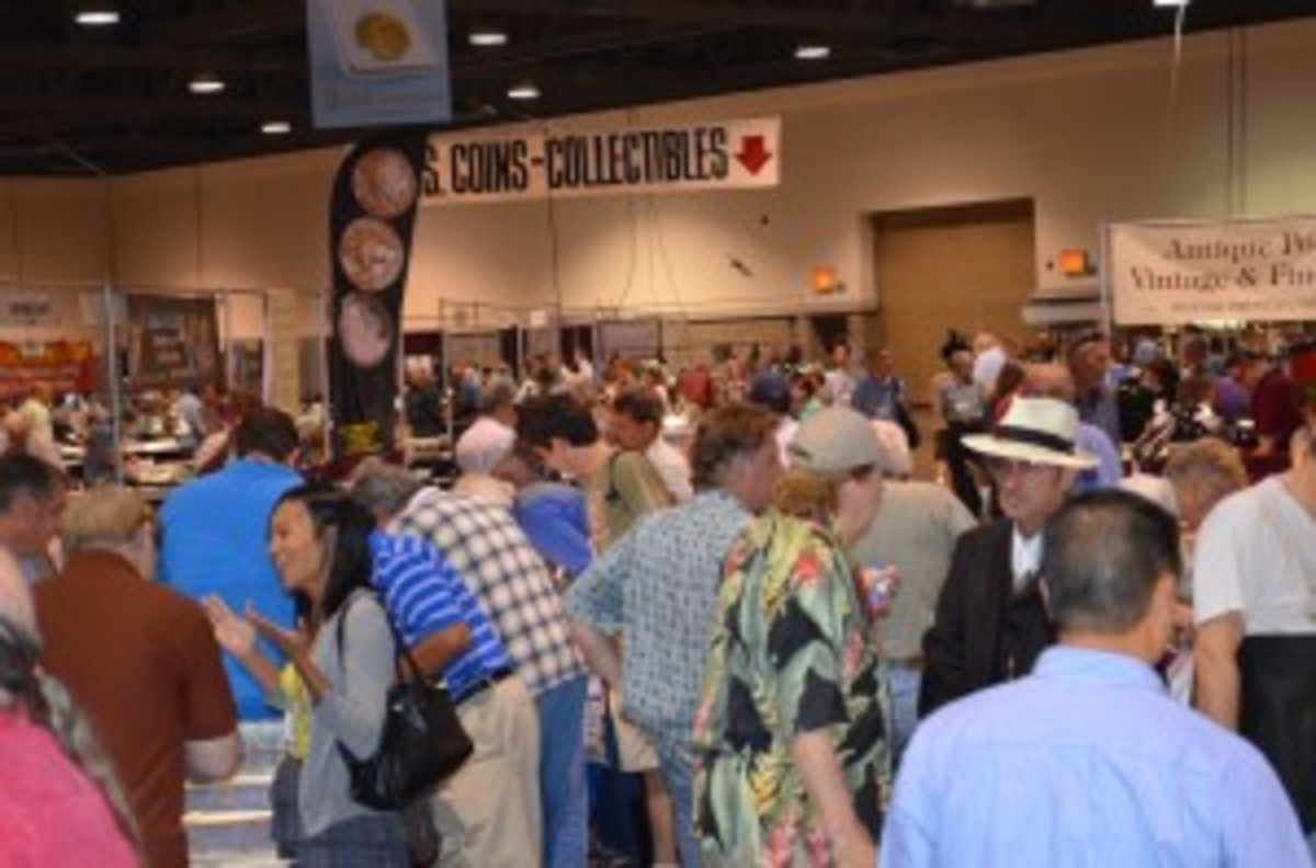 A scene from the busy September 2011 Long Beach Expo. A sports collectibles section now will be added beginning with the upcoming May 31 - June 2, 2012 show. (Photo credit: Donn Pearlman)