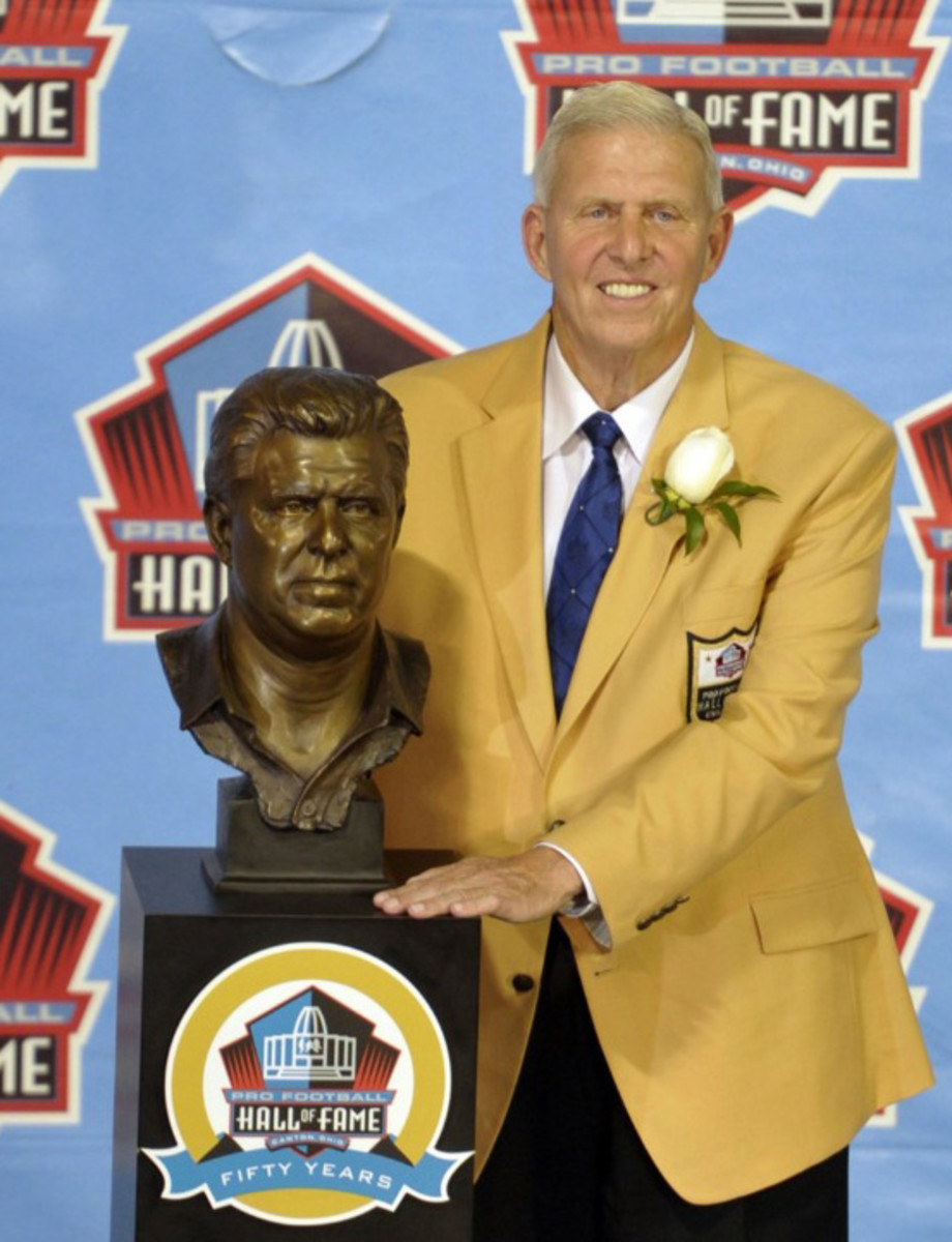 Joining Bill Parcells, above, in the 2013 induction class were Larry Allen, Cris Carter, Warren Sapp, Curly Culp, David Robinson and Jonathan Ogden.