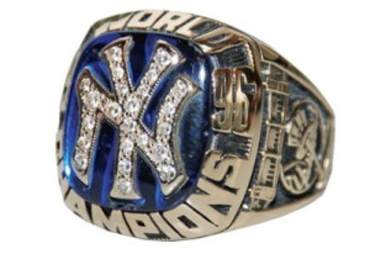 Yankees-ringweb-300x219