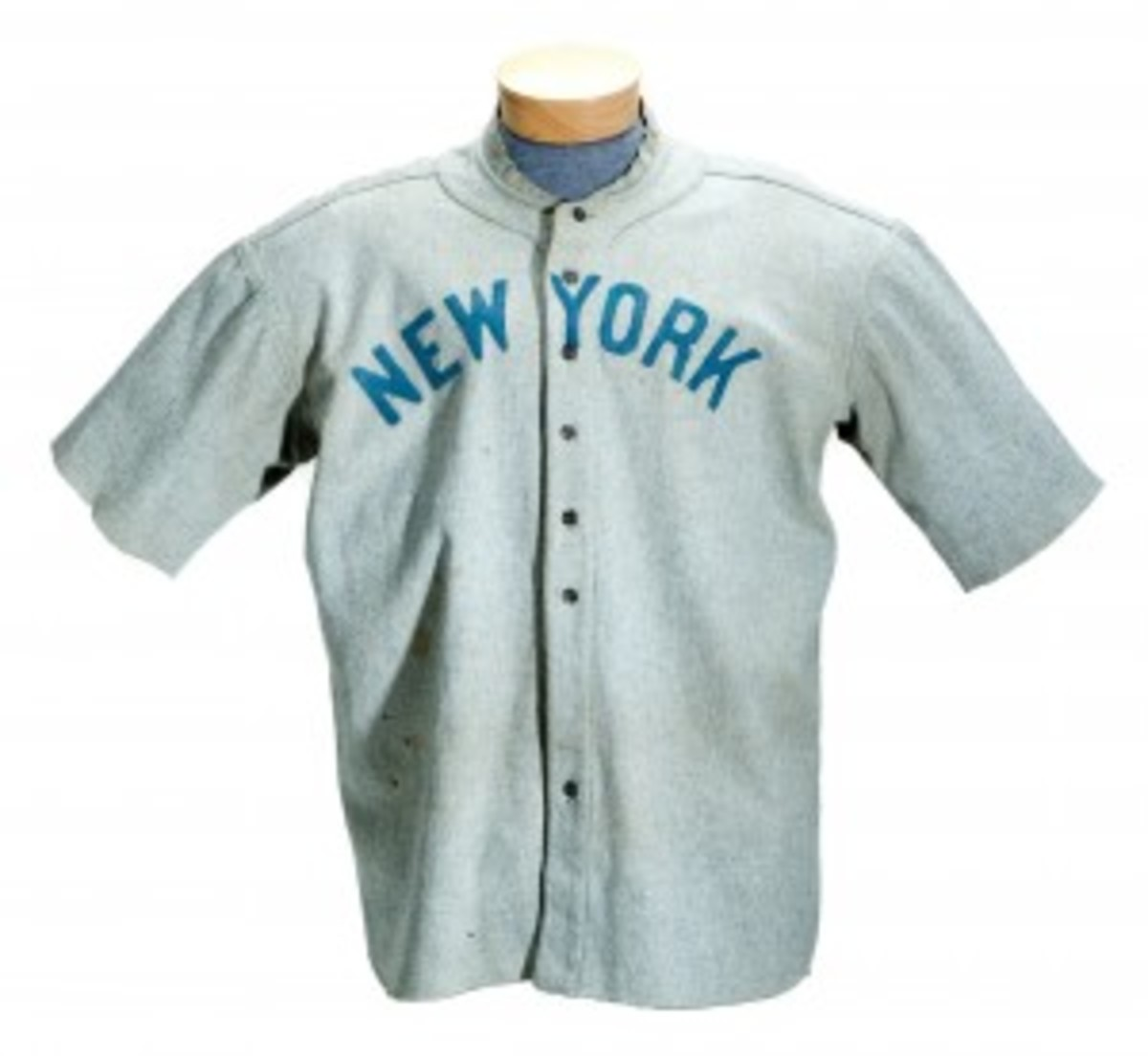 SCPAuctions_BabeRuth_jersey_MAR121-300x276