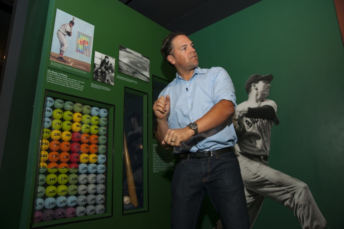 "Mike Piazza visits the Ted Williams ""Heat Map"" exhibit in the Museum. Photo credit: Milo Stewart Jr./National Baseball Hall of Fame."