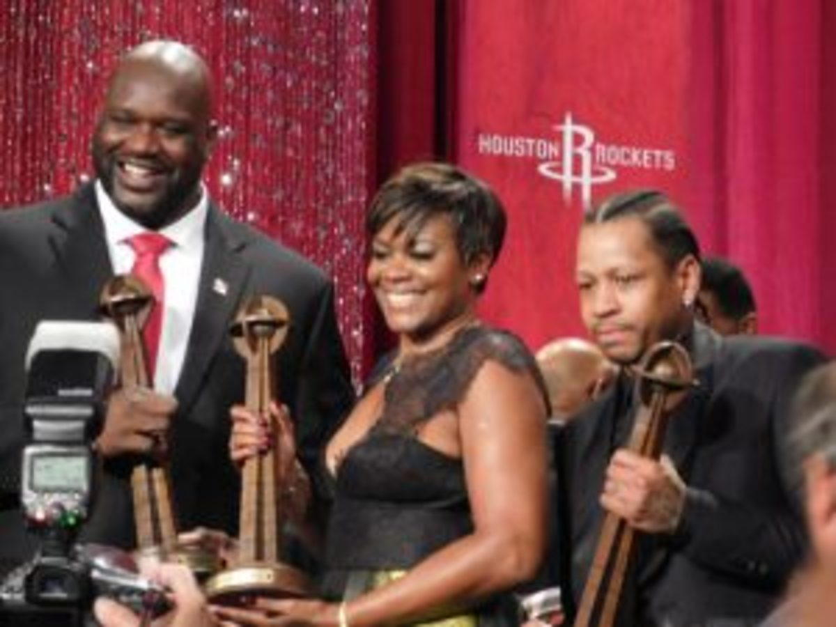 Shaquille O'Neal (left), Sheryl Swoopes (center) and Allen Iverson (right) were all smiles at the Naismith Memorial Basketball Hall of Fame Induction Ceremony Sept. 9. Photos courtesy Rob Kunz