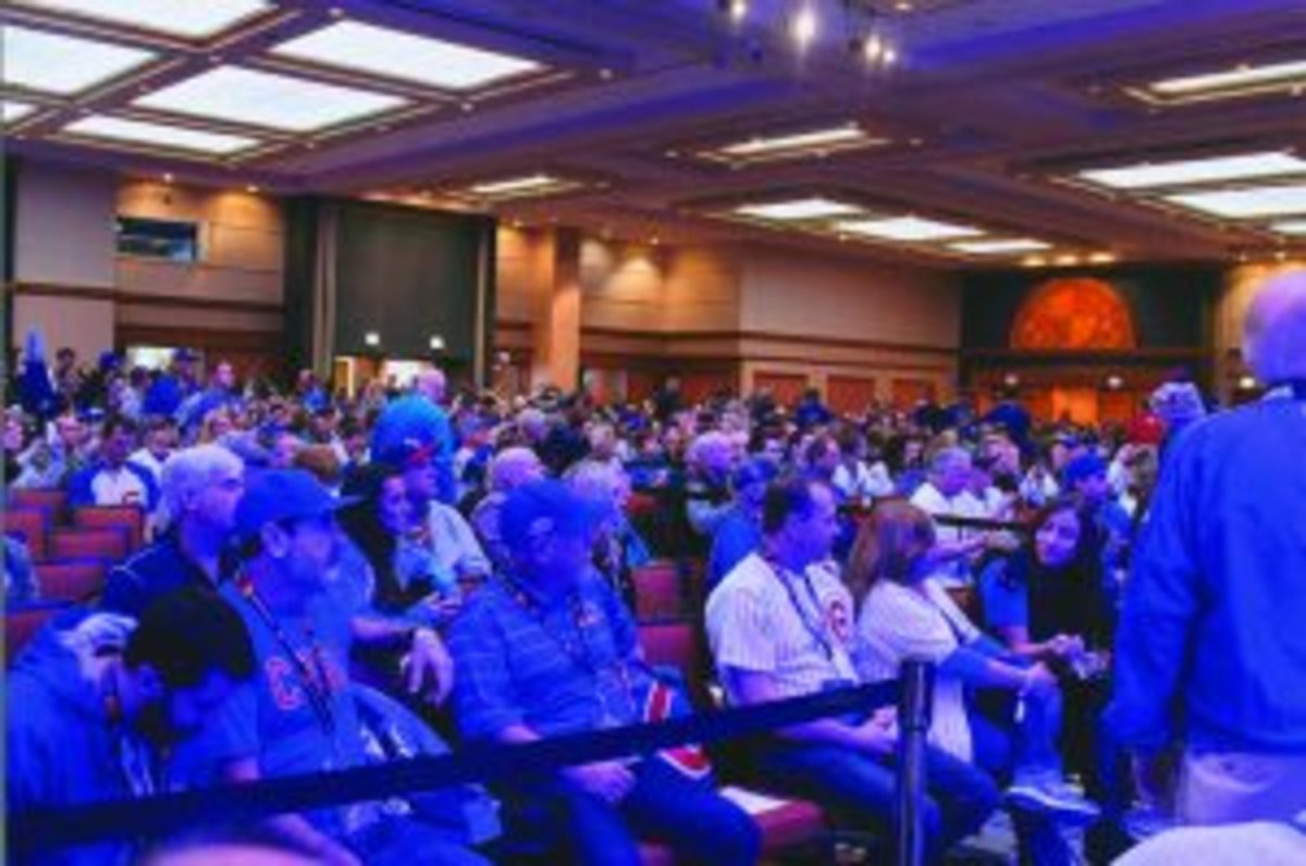 With the Chicago Cubs winning the 2016 World Series, attendance was higher than normal at the 2017 Cubs Convention. There was also a little extra excitement in the air. (Rick Firfer photos)