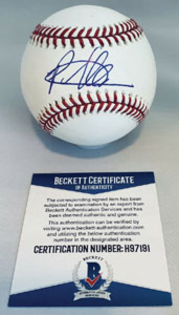 Pete Alonso authenticated autographed baseball.