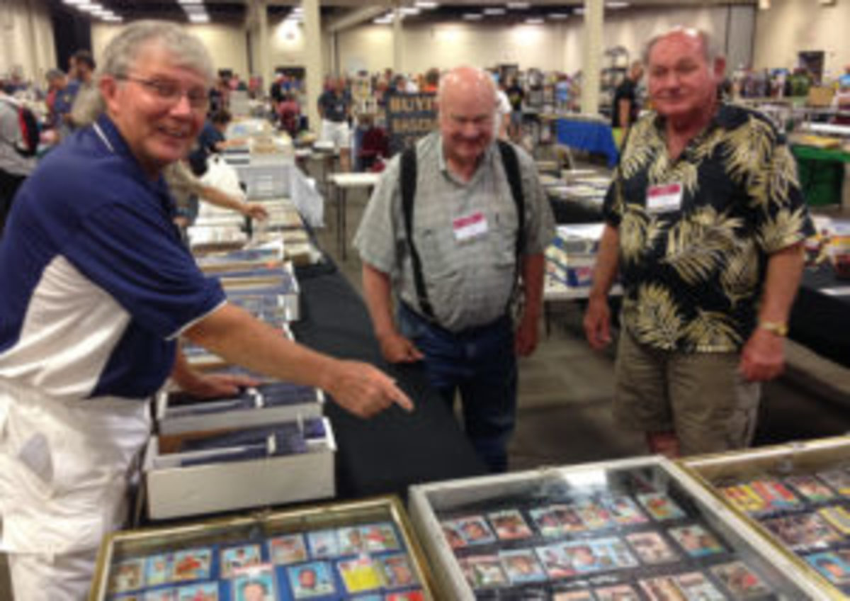 Inside Pitch Promotions Show Promoter Wes Starkey (left) with vintage card dealers James Wall and Edward Lawson at an Inside Pitch Promotions show. (Barry Blair photos)