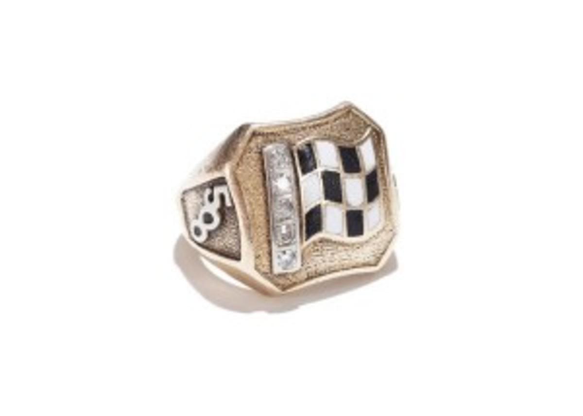 Shaw Ring