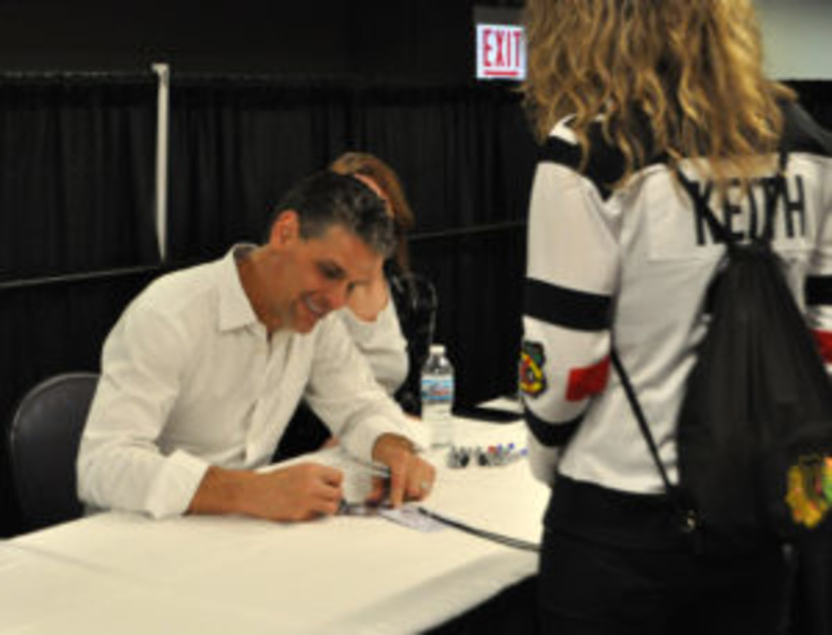 """Stu Grimson, a.k.a. """"The Grim Reaper,"""" played 12 years in the NHL, including three with the Blackhawks."""