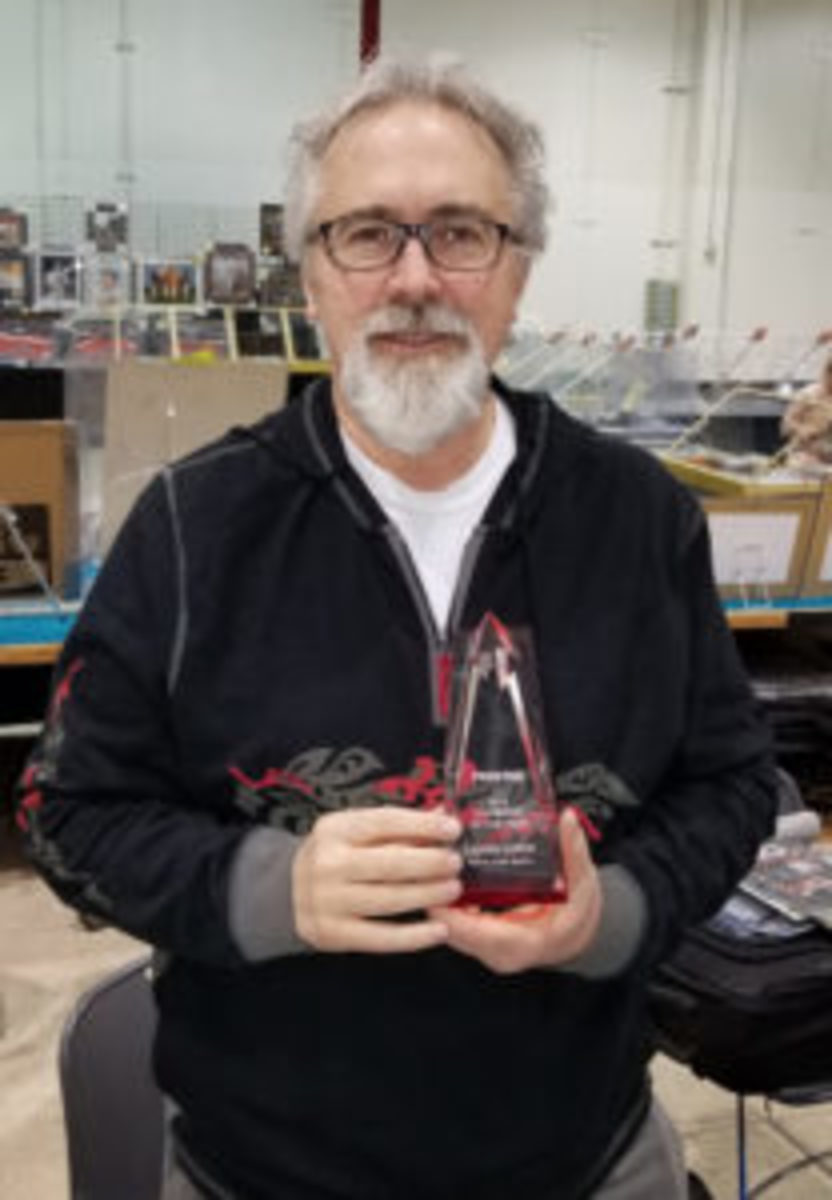 Longtime dealer Randy Cook was named the 2018 STARRY Award winner.