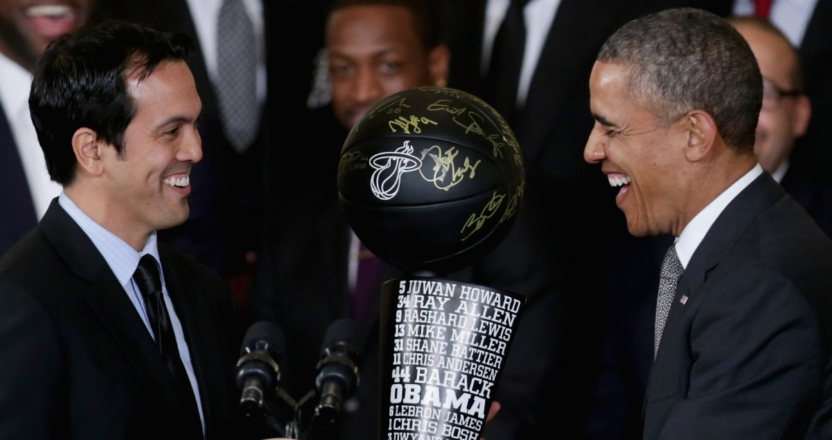 Coach Spoelstra Presents Obama with Black Trophy - Photo By Chip Somodevilla NBAE-Getty Images.jpg
