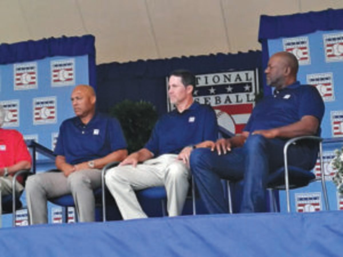 Mariano Rivera, Mike Mussina and Lee Smith at the 2019 Baseball Hall of Fame roundtable event during Induction Weekend.