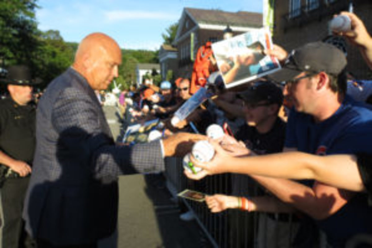 Cal Ripken Jr. spent around 45 minutes signing autographs for fans lined up along Main Street during Hall of Fame weekend.